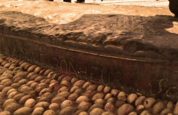 Kadıköy ün simgesi Boğa Heykeli nin tarihi serüveni #9