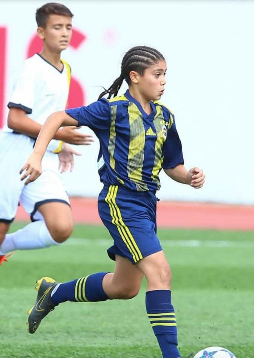 Valencia ve Fulham, Fenerbahçeli Aziz Eren in istiyor #3